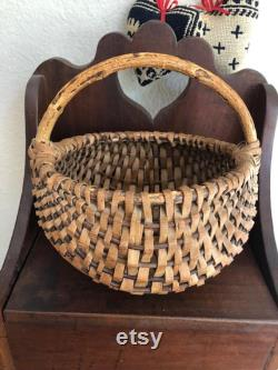 Ancient Melon Basket With Solid Curved Wood Branch Handle And Rim, Antique Berry Basket Or Gathering Basket