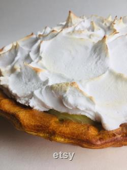 Fake Lemon Meringue Pie Prop Display Food Dessert Pudding Artificial Replica Pie