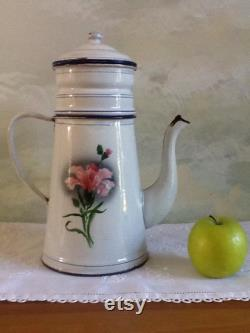 Great Vintage In Enamel Fran Ais Coffee Maker. Coffee Maker With Filter And LID In Excellent Condition. Coffee Maker Fran Vintage White With Flowers.