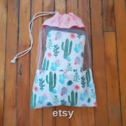 Set Of 2 Kitchen Aprons With Oven Mitts And Bulk Bag