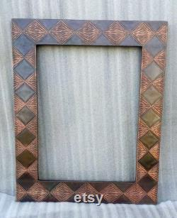 Smooth Diamond Copper Finish In The Shape Of Handmade Design Mirror Frame With Diamond-filled Designs In A Special Hand-hammered Design