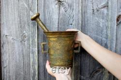 Ancien mortier et pilon énorme lourdes 11 livres des années 1900 en laiton Estonie ancien mortier et pilon massif mortier Pilon de cuisine Antique