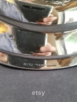 Antique Christofle pièce maîtresse argenté bronze avec Fran ais camée en verre Insert prismes Griffin, griffe pieds Crisp détail 19,5 19ème siècle