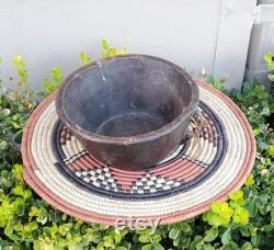 Antique minimaliste main sculptée bol Ethiopie, décor d art africain, décor à la maison, art religieux, bol antique en bois