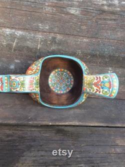 Art folklorique russe. Fabriqué à la main une boule en bois Cheval . Décor à la maison. Bol en bois.