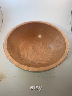 Bol en bois dans un extérieur de sarcelle de satin de cerise noire ( 13.75x5.5)