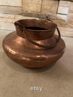 Cuivre, Pot de cuivre, Style cuivre, cuivre vintage, cuivre vintage martelé, poignée pot withfer, 9x9x4-3 4 pouces, authentique, style rare, vintage