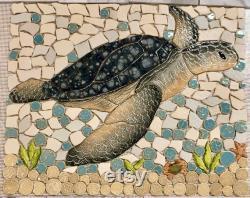 DIY Custom Mosaic Sea Turtle Indigo Back Splash ou Shower Insert.