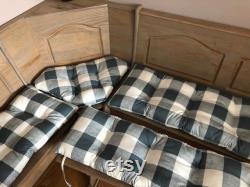 Ensemble de salle à manger Nook de quatre pièces avec des cravates sur le coussin simple de banc