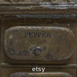 Fin des années 1800 Spice Tin