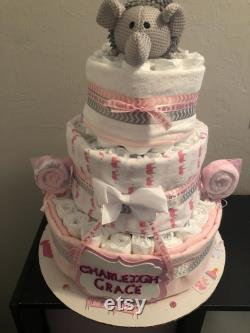 Gâteau de couche d éléphant de trois niveaux