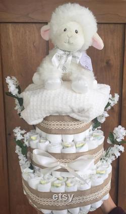 Gâteau de couches d agneau de toile de jute avec des couches