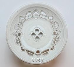 Grand bol de fruits celtiques blancs, LIVRAISON GRATUITE, Unique en son genre, Céramique, Poterie. Main sculptée