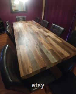 Grande table en bois de grange de faux