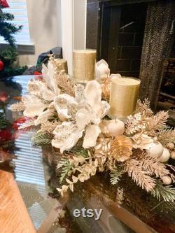 Pièce maîtresse de Noël, arrangement floral de Noël, magnolias de Noël, grande pièce maîtresse, décor de Noël, pièce maîtresse florale blanche,