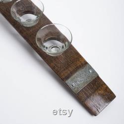 Pièce maîtresse de baril de vin avec le verre, choix de finition