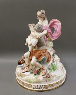 Pièce maîtresse unique en porcelaine Groupe porcelaine M. Clément Choisy-le-Roy années 1800 Excellent État