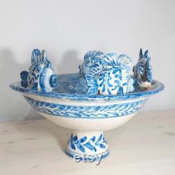 pièce maîtresse avec le poisson, céramique sicilienne de caltagirone, pièce unique, meubles de table, meubles à la maison, riser, céramique handcrafted