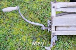 vintage Wringer Lave-linge Manivelle Poignée Vieux bois vieilli Rusty Metal Wringer Farmhouse Blanchisserie Décor Panchosporch
